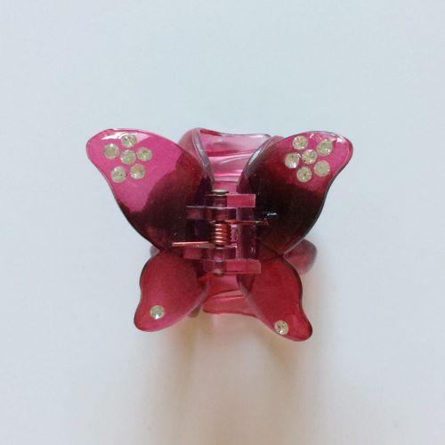 蝶のヘアクリップ