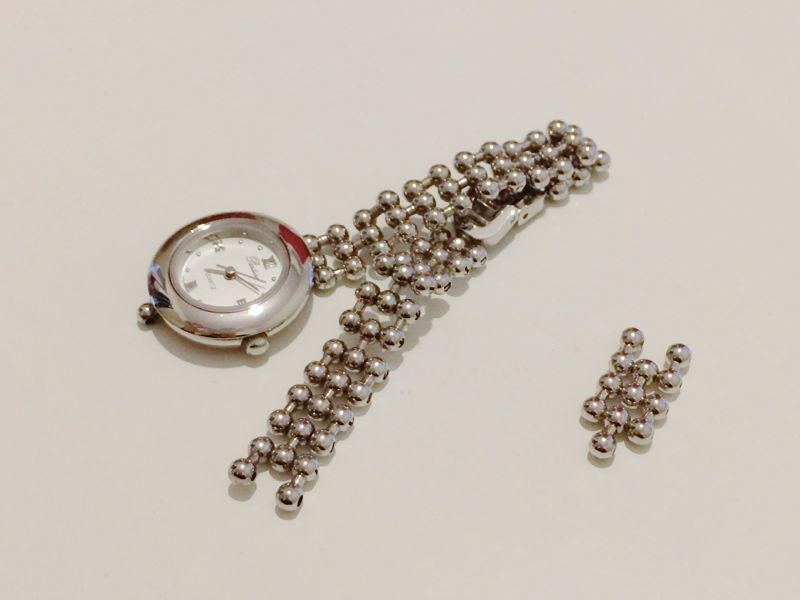 壊れた時計と余った部分