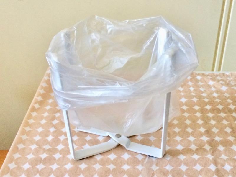ビニール袋をかけたエコホルダー